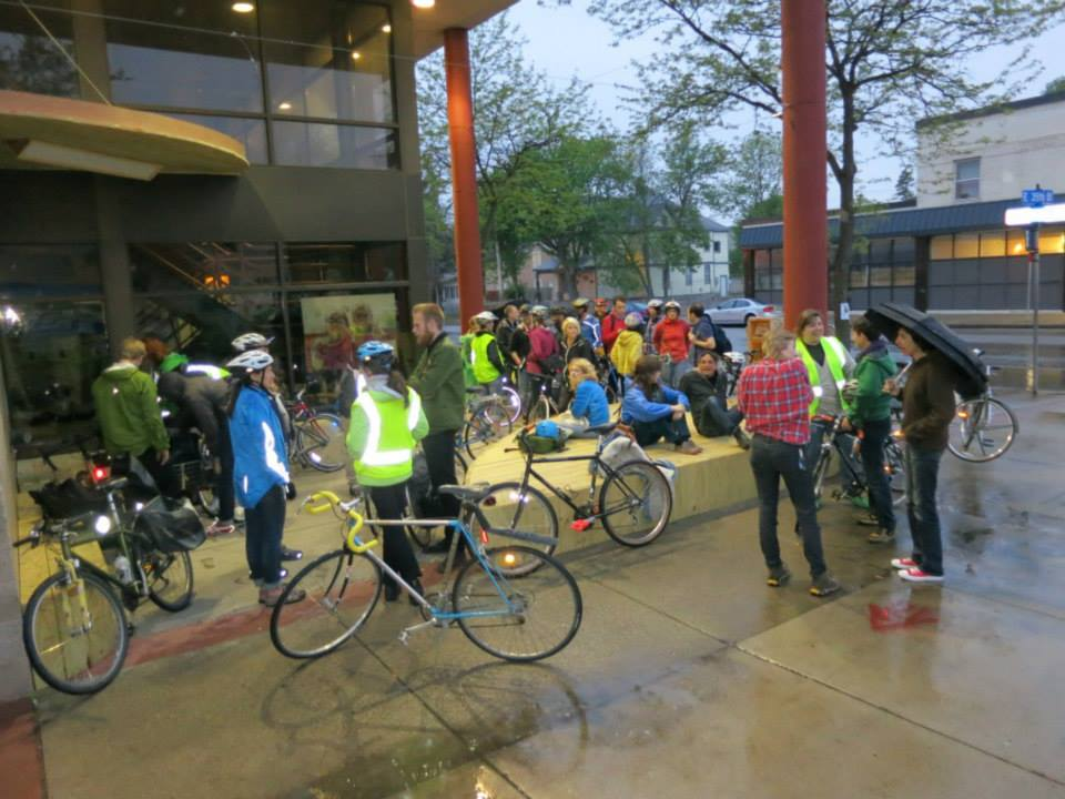 Eye Site Guided Bike Tour on May 24th, photo by Mike Hoyt