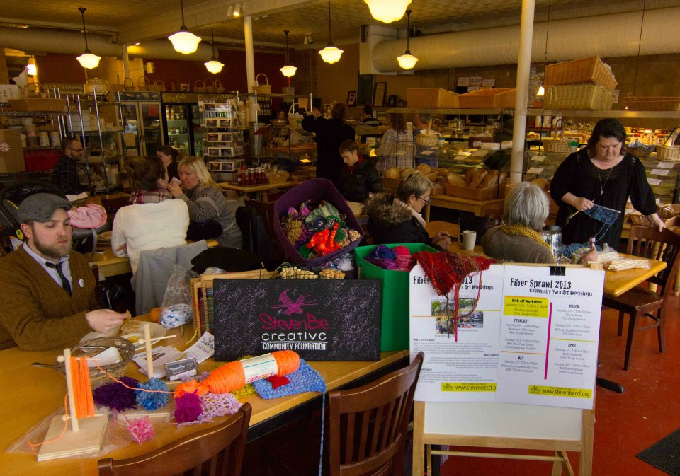 Fiber Sprawl community yarn art workshop at Turtlebread on 48th and Chicago