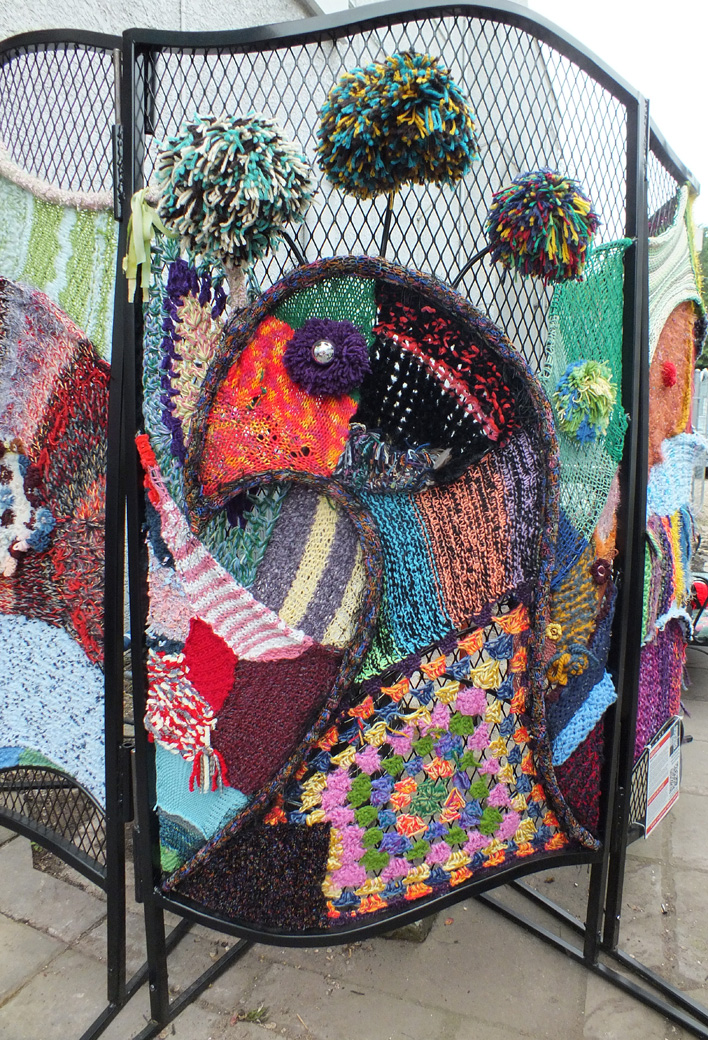 Final fiber arts sculpture on the Yarn Garden patio at StevenBe's