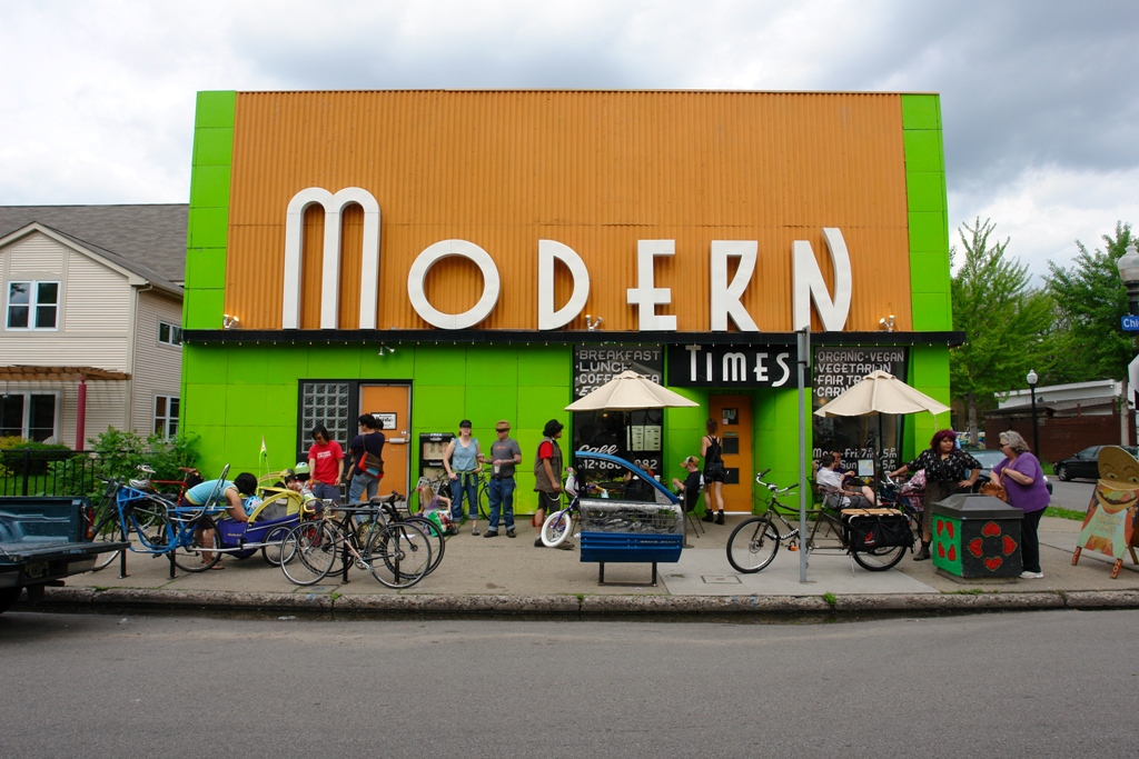 Installing the bike racks outside of Modern Times on 32nd and Chicago, photo by Ethan Turcotte